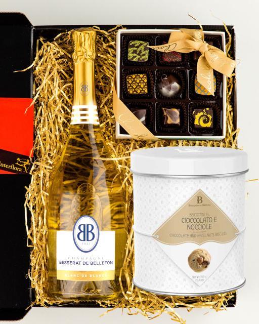 Besserat Blanc de Blancs šampanja, käsitöökommikarp ja gurmeeküpsised