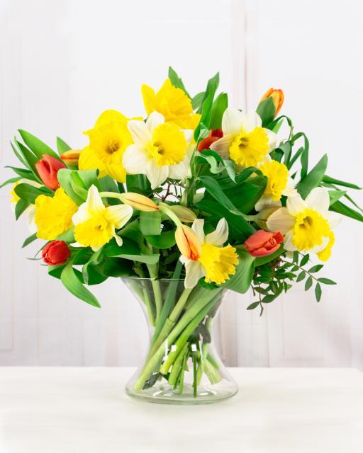 Kevadine segakimp kohalikest lilledest